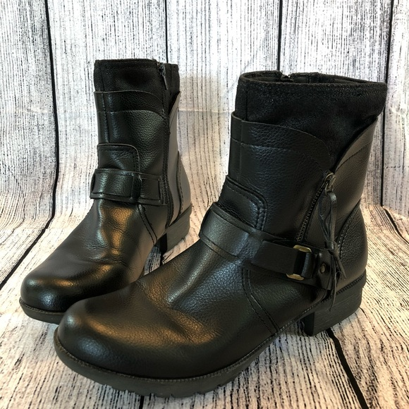 Clarks Cushion Soft Ankle Boots Us 1